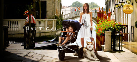 mountain_buggy_urban_jungle_lux_lifestyle1.jpg