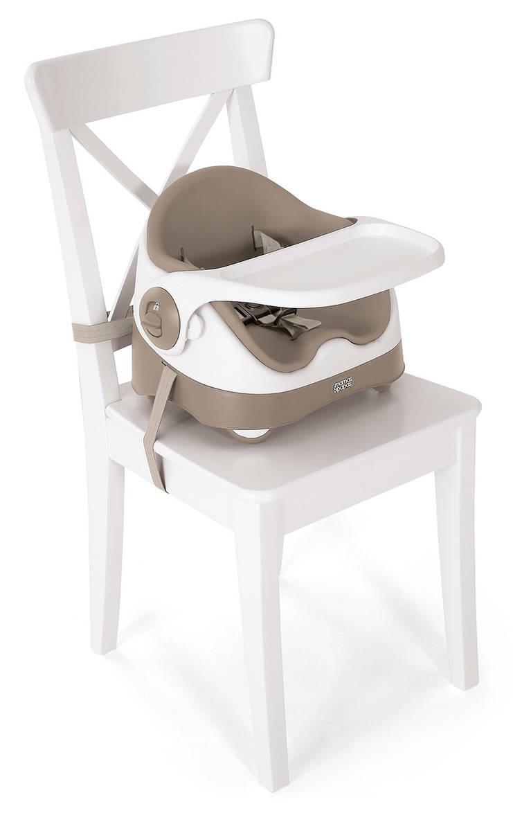 Putty tuolissa  - Ensituolit ja korokkeet - 54654677 - 13